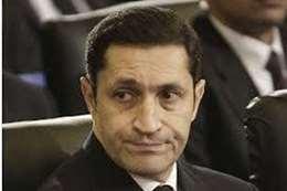 """بعد """"مدرسة المشاغبين"""".. علاء مبارك ساخرا: هو فين الجيش القطري"""