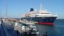 إيقاف عامل حاول تهريب مخدرات عبر ميناء نوبيع
