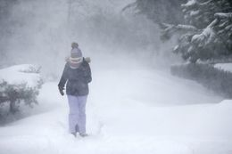 وفاة 10 أشخاص خلال يومين بسبب البرد ببولندا