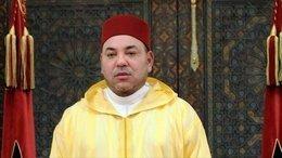 شاهد.. تعامل الأمن مع شاب هاجم موكب ملك المغرب