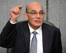 وزير الزراعة يجتمع بنوابه لتطوير قطاعات الوزارة