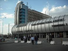 وصول 3 جثامين لمصريين من الأردن إلى مطار القاهرة