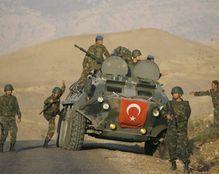 """الجيش التركي يقتل 44 من مسلحي """"داعش"""" بسوريا"""