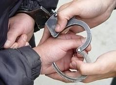 حبس سارقي دراجة نارية من أمين شرطة بالقليوبية