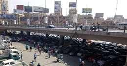 بالصور.. سقوط اجزاء اعلي كوبري اكتوبر بعد حادث تصادم سيارتين