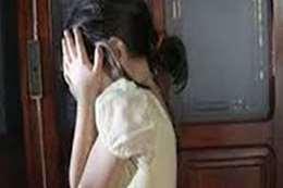 مدرس يهتك عرض طفلة أثناء درس خصوصي بالشرقية