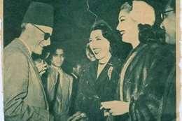 """صورة نادرة لعميد الأدب العربي مع """" كاريوكا"""""""