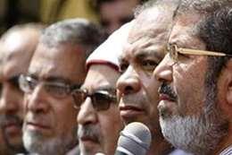 """قيادي إخواني لمستشار مرسي : """"لا طلنا بلح الشام ولا عنب اليمن"""""""