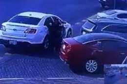 سرقة سيارة في الدمام