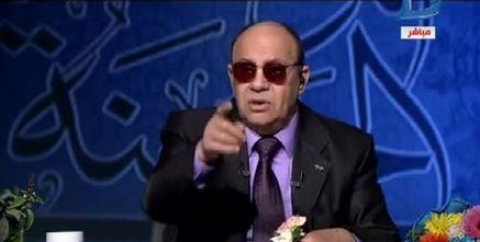 """بالفيديو.. مبروك عطية لـ متصلة """"ليه مقتلتوش أمكو"""""""