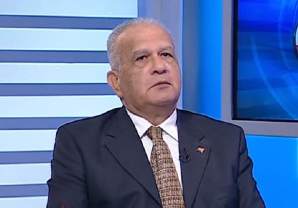 حازم حسني: مصر أكبر من السيسي