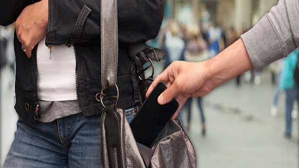 القبض على عصابة سرقة الهواتف المحمولة بكفر الدوار