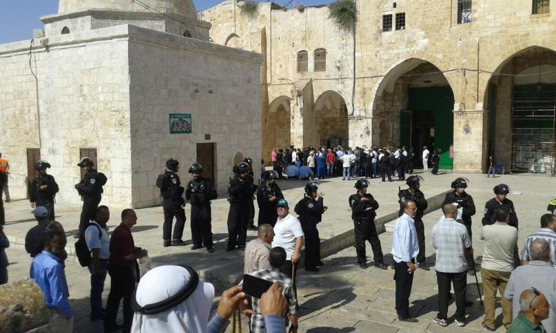 118 إسرائيليًا يقتحمون باحات الأقصى اليوم