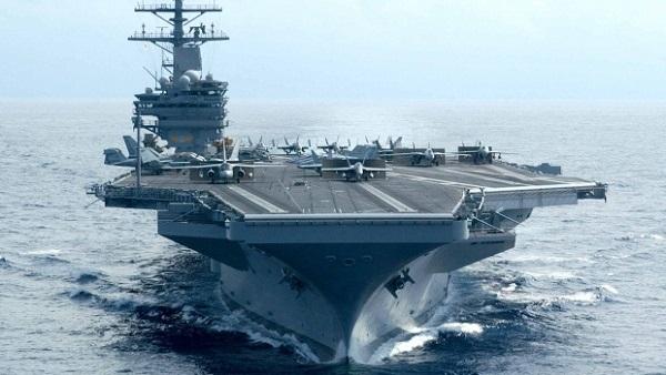 حاملة طائرات أمريكية تعبر قناة السويس