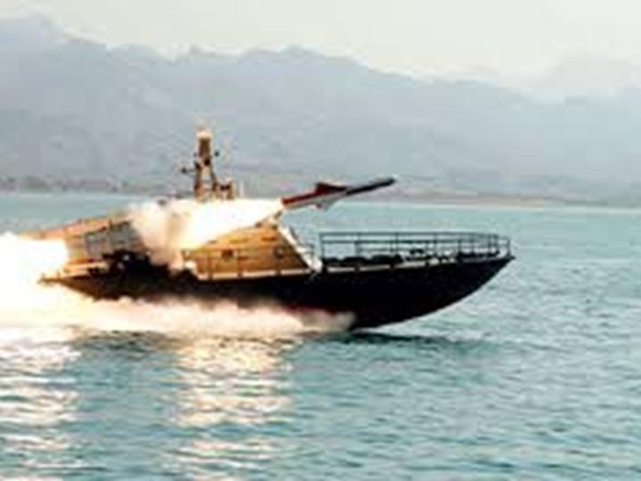 الزوارق الإسرائيلية تستهدف الصيادين قبالة سواحل غزة