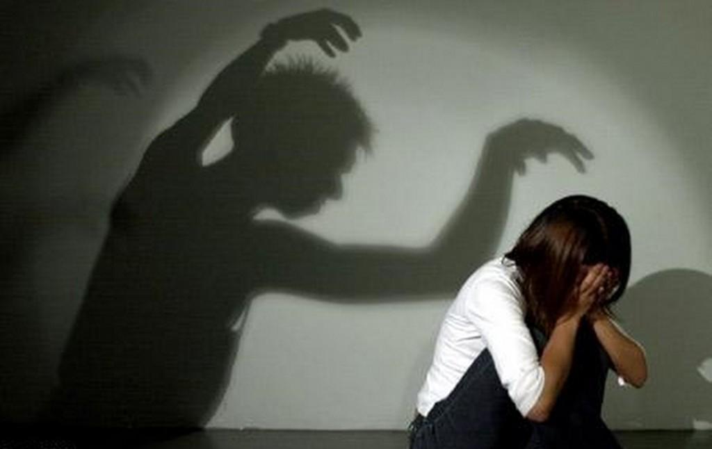 """اغتصاب فتاة بسبب """"فلاش ميمورى"""""""