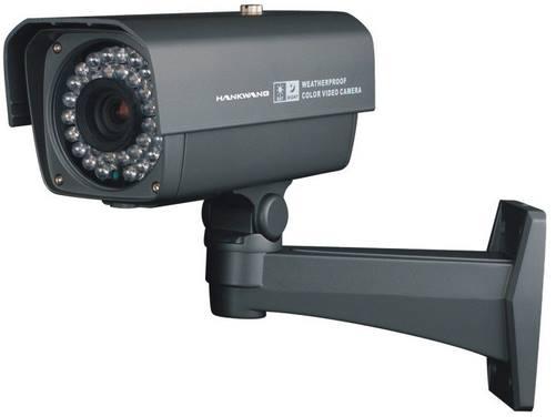 كاميرا مراقبة توقع محام في شر أعماله