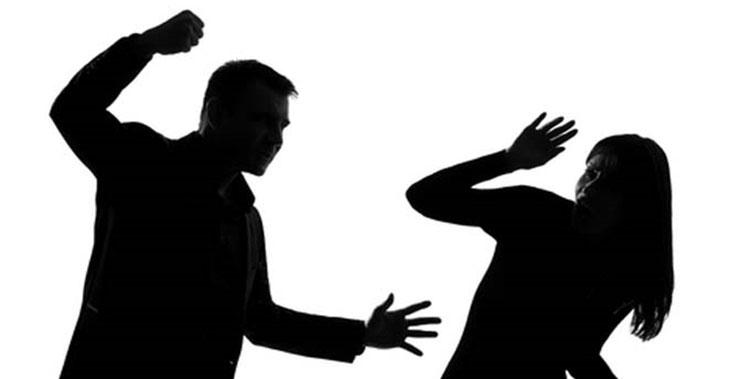 """ندوة بـ """"المحافظين"""" لمناهضة العنف ضد المرأة"""
