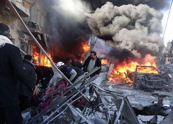 36 مدنياُ ضحايا أول غارة روسية على سوريا