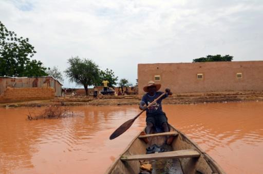 اربعة قتلى و 20 الف متضرر بسبب فيضانات النيجر