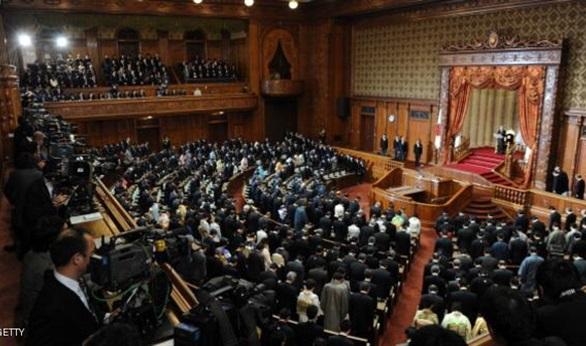 البرلمان الياباني يعيد انتخاب شينزو آبي رئيسا للوزراء