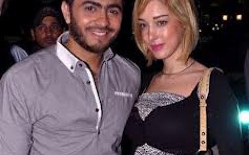 """رد فعل تامر حسني على ارتباط زوجته بـ """"صويص"""""""
