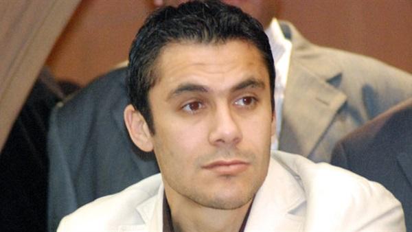 أحمد حسن يتبرع بعمرة لأسرة الطالب القتيل بمغاغة