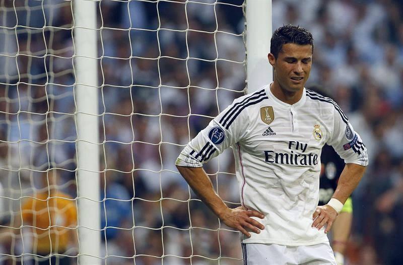 """غضب بين لاعبي الريال بسبب """"رونالدو"""""""