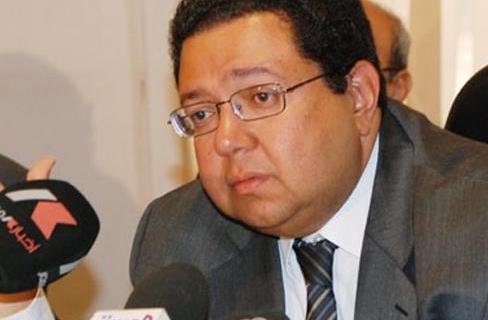 """تصريحات غاضبة لـ""""زياد بهاء الدين"""" عقب خروجه من الحكومة"""