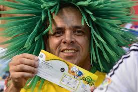 صحيفة تبرز المخاطر التى تنتظر جماهير كأس العالم بالبرازيل