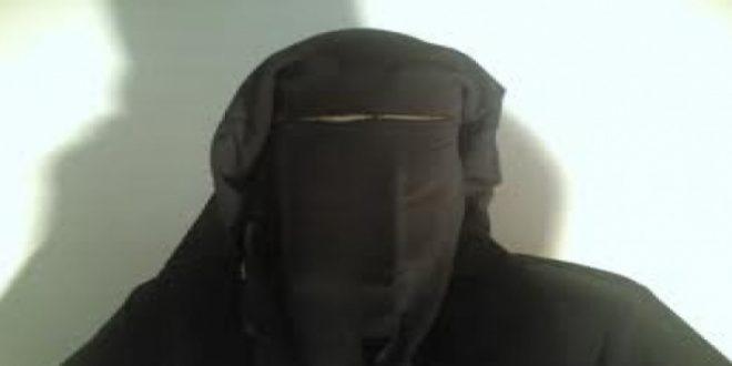 تفاصيل القبض على شاب يرتدى النقاب أمام كنيسة بأسيوط