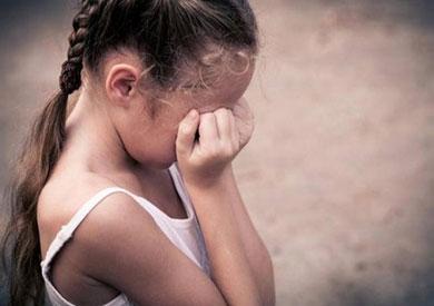 حبس مدرس حاول اغتصاب طفلة