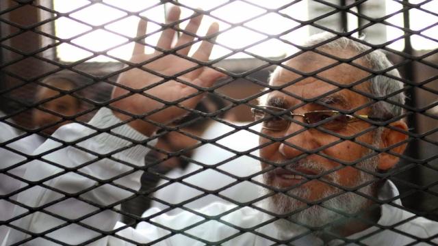 ثالث حكم بالسجن المؤبد على مرشد الإخوان محمد بديع