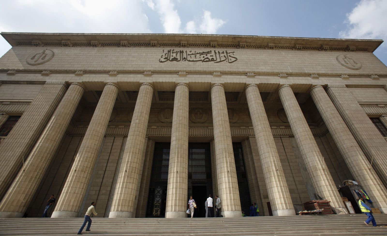 شكوى لنقيب الأطباء ضد طبيب دار القضاء