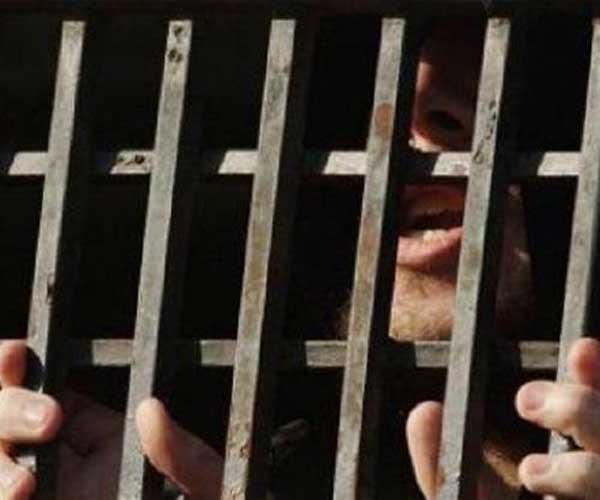 الافراج عن مسجون  قضى 39 عاما بعد تبرئته من تهمة القتل
