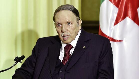 """الحزب الحاكم بالجزائر يكشف الحالة الصحية لـ """"بوتفليقة"""""""
