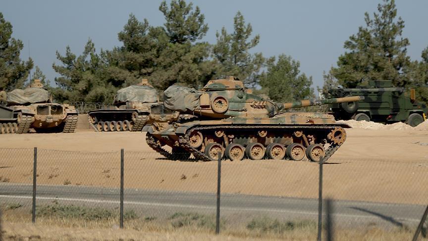 مسؤول تركي ينفي دخول دبابات تركية إلى سوريا