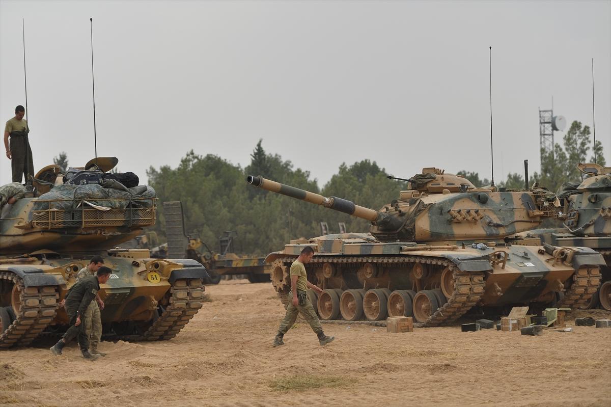 إصابة 3 جنود أتراك في «درع الفرات»