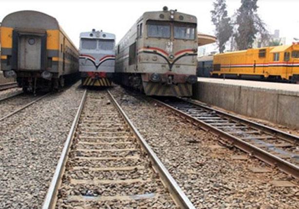 عودة حركة قطارات السكة الحديد بأسوان