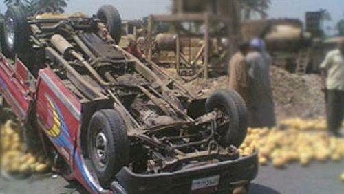 مصرع وإصابة 5 في حادث انقلاب سيارة بالمنيا