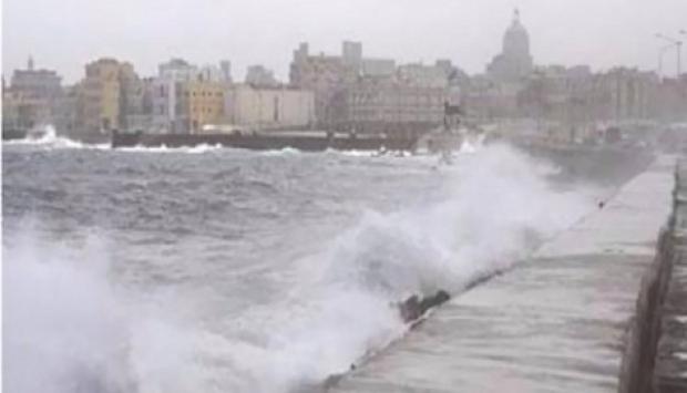 غلق بوغاز البرلس وتوقف الصيد نتيجة الشبورة المائية