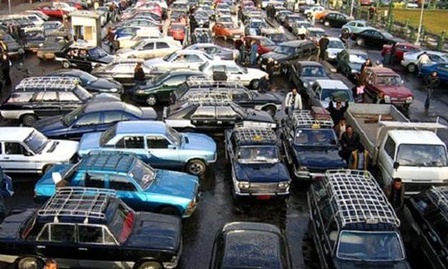 كثافات مرورية نتيجة ٤ حوادث تصادم بالقاهرة الكبرى