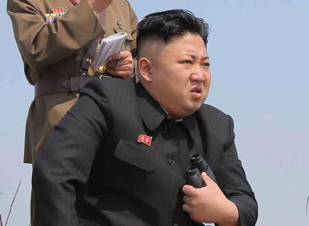 """""""دايت"""" زعيم كوريا الشمالية يصيب الجنود بالإسهال"""