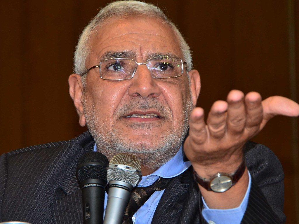أبوالفتوح: كيف يقول النظام إنه ضد الفساد؟