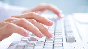 لوحة مفاتيح ذكية تتعرف على المستخدم وتولد الكهرباء