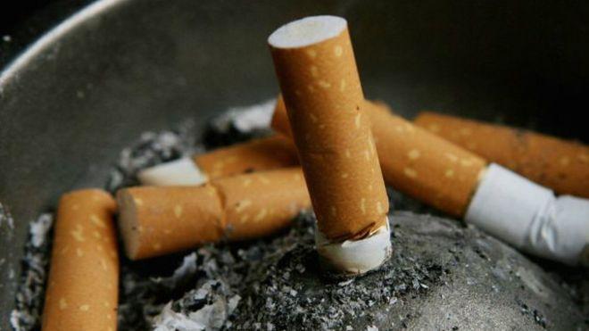 تدخين 20 سيجارة يوميًا يحدث 150 تغيرًا ضارًا بالرئة