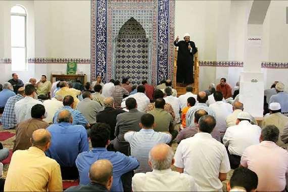 إلغاء خطبة الجمعة داخل مسجد