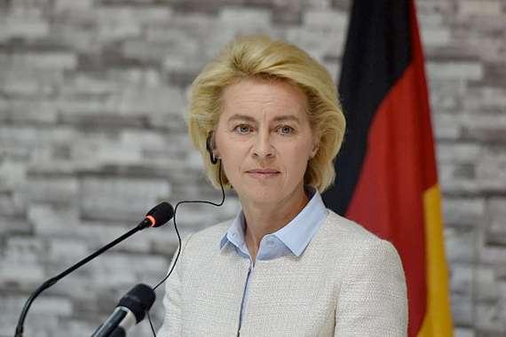 وزيرة دفاع ألمانيا أورزولا فون دير لاين