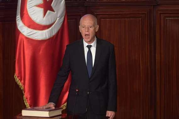 قيس سعيد يؤدي اليمين الدستورية