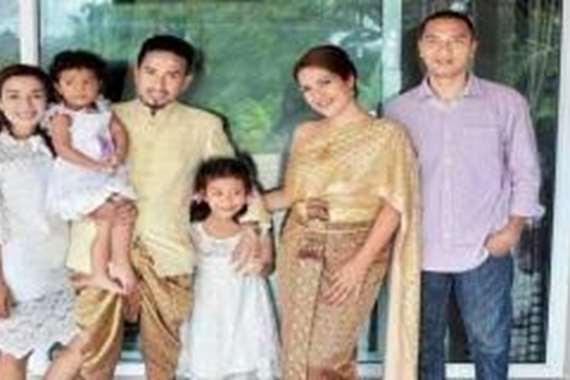 خليجية تتزوج من فنان بوذي